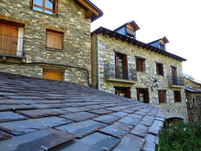 Pyrenäen-Architektur