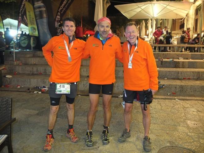 Hendrik, Ich und Burkhard happy im Ziel / Foto Bärbel Dörr